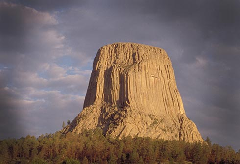climb devils tower